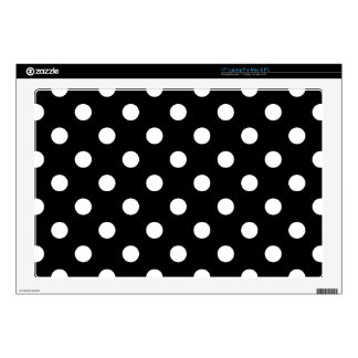 "Black and White Polka Dots Pattern 17"" Laptop Skins"