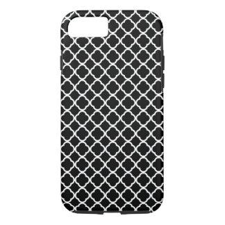 Black and white quatrefoil design iPhone 7 case