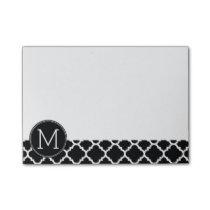 Black and White Quatrefoil Pattern Custom Monogram Post-it Notes