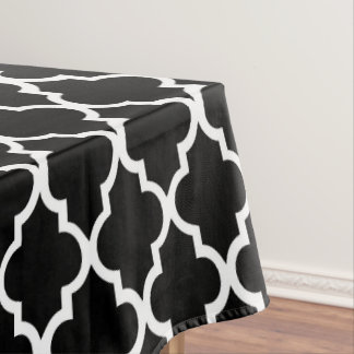 Black and White Quatrefoil Tiles Pattern Tablecloth