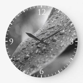 Black and White Raindrops On A Leaf Large Clock