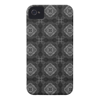 Black and White Retro Fractal Pattern Case-Mate iPhone 4 Case