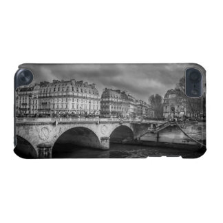 Black and White River Seine iPod Touch 5G Cover