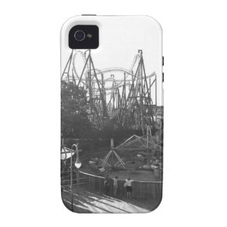 Black and White Rollercoaster iPhone 4 Covers