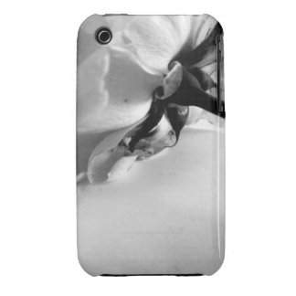 Black and White Rose iPhone 3 Cases