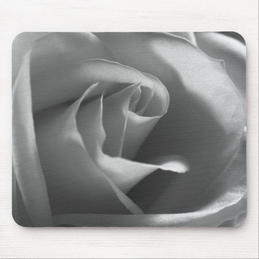 Black-and-White-Rose Mouse Mats
