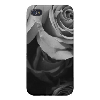 Black and White Roses iPhone 4/4S Covers
