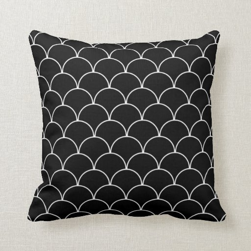 Black And White Patterned Throw Pillows : Black and White Scallop Pattern Throw Pillows Zazzle