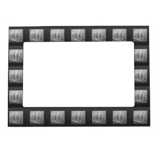 Black and White Ship Magnetic Photo Frame