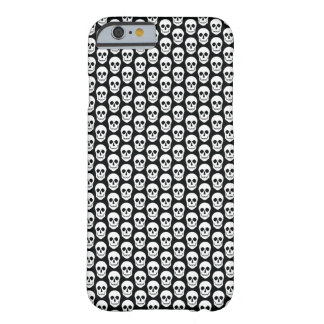 Black and White Skull Iphone Case