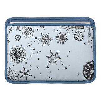Black and White Snowflake Circle MacBook Air Sleeve