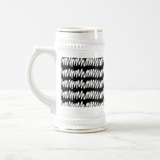 Black and white squiggle pattern. beer stein