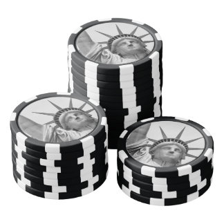 Black and White Statue of Liberty Poker Chips Set