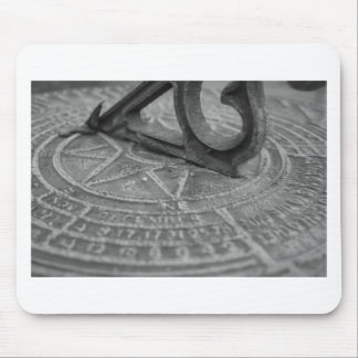 Black and white sun dial mouse pad