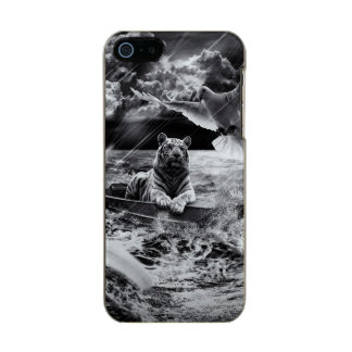 Black and White Tiger Boat Sailing Skylight Incipio Feather® Shine iPhone 5 Case