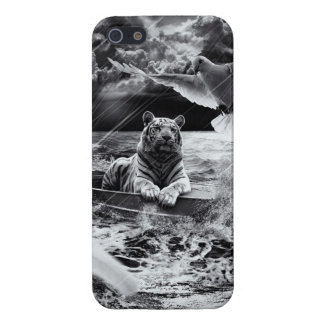 Black and White Tiger Boat Sailing Skylight iPhone 5/5S Cover