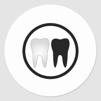 Black and white tooth classic round sticker