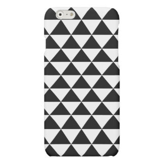 Black and White Triangle Pattern Matte iPhone 6 Case