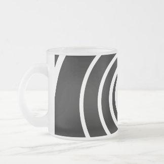 Black and White Twist. Mug
