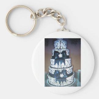 black and white wedding cake keychain