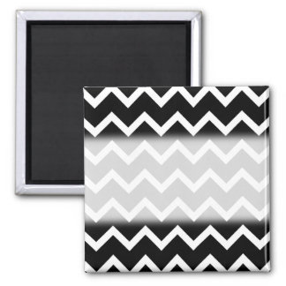 Black and White Zig Zag Pattern. 2 Inch Square Magnet