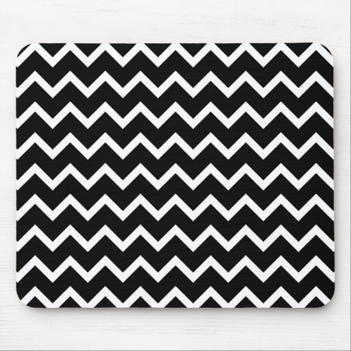 Black and White Zig Zag Pattern. Mouse Pads