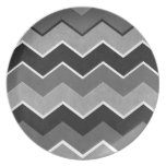 Black and White Zig Zag Pattern Party Plate