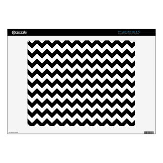 "Black and White Zigzag Chevron Pattern 14"" Laptop Decal"