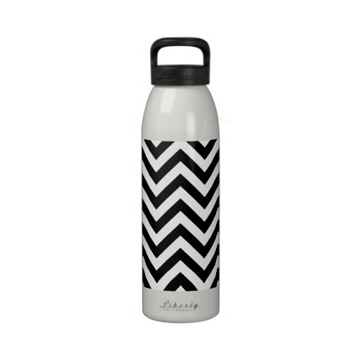 Black and white  Zigzag Chevrons Pattern Water Bottle