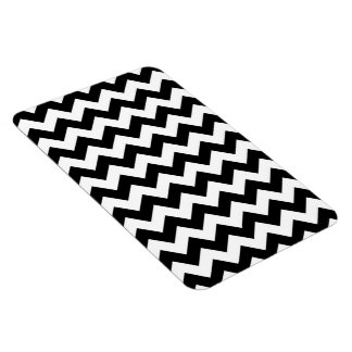 Black and White Zigzag Magnet