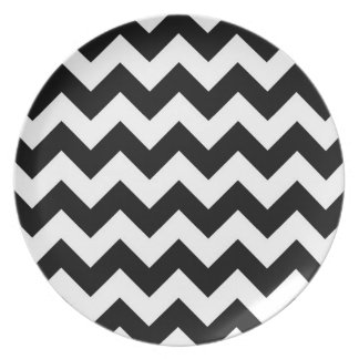 Black and White Zigzag Plate