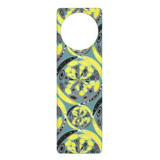 Black and yellow pattern door hanger