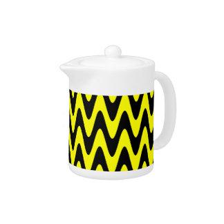 Black and Yellow Wavy Zigzag Teapot