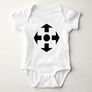 black arrows icon shirt