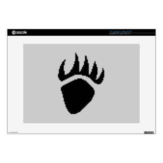 "Black Bear Claw Pixel 15"" Laptop Skins"
