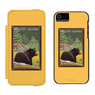 Black Bear in Forest - Mount Adams, Washington Wallet Case For iPhone SE/5/5s