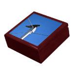Black bird on a post trinket box