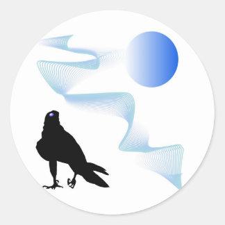 Black bird predator aggressive hawk classic round sticker