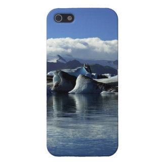 Black & Blue Icebergs, Iceland iPhone SE/5/5s Cover