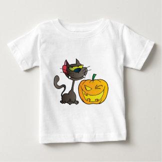 Black Cat And Halloween Pumpkin Winking Infant T-shirt