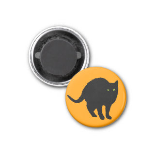 Black cat Arching 1 Inch Round Magnet