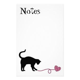 Black Cat & Heart Shaped Yarn (Pink) Stationery