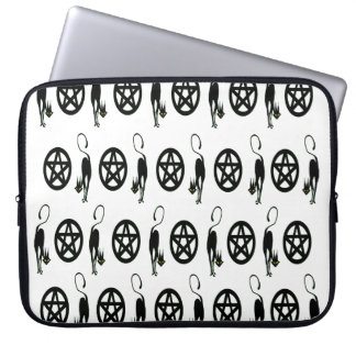 Black Cats and Pentacles Laptop Sleeve
