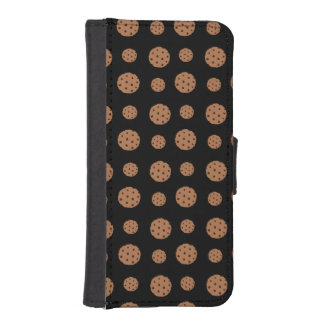Black chocolate chip cookies pattern iPhone 5 wallets