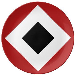 Black Diamond, Bold White Border on Red Dinner Plate