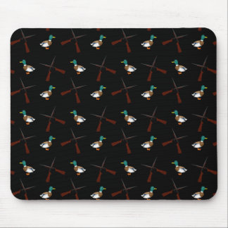 Black duck hunting pattern mouse pad