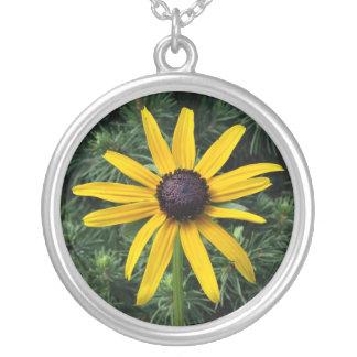 Black Eyed Susan MD Flower Round Pendant Necklace