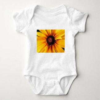 Black Eyed Susan T-shirts