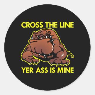 Black Fat Bulldog Cross Line Classic Round Sticker