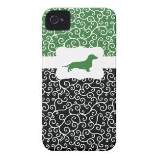 Black&Green remolina w/Dachshund iPhone 4 Cárcasa